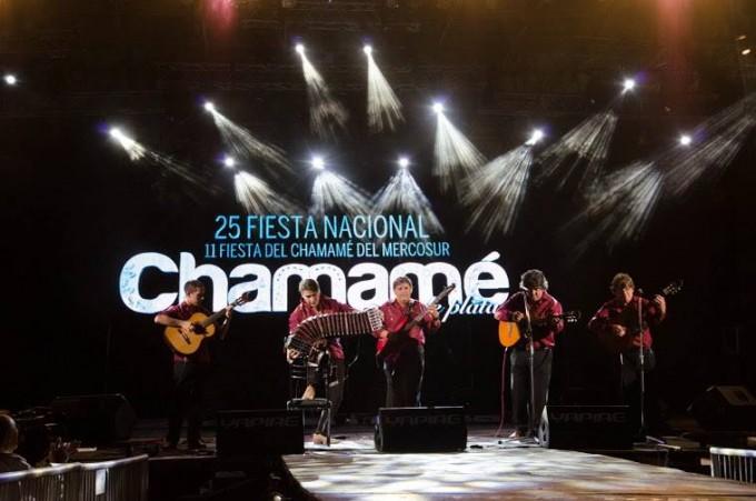 Inicia la fiesta en la capital de la Nación Chamamecera