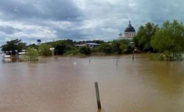 Repunte del Paraná mantiene en alerta a las múltiples poblaciones ribereñas