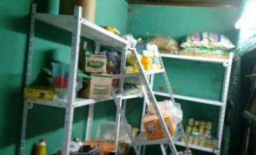 Saquearon y destrozaron un comedor comunitario en el barrio Galván II