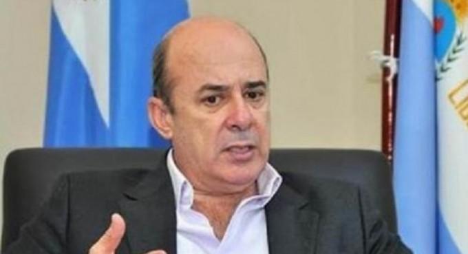 Gustavo Canteros levanta su perfil