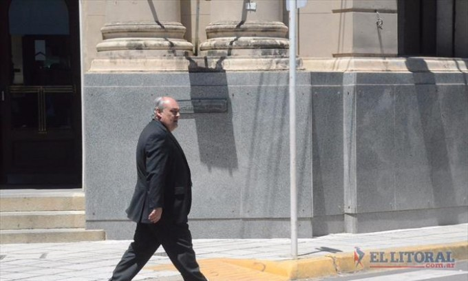 Colombi confirmó que desdoblará las legislativas y que serán en mayo o junio
