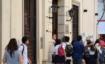 Sin la paritaria nacional, gremios docentes demandan una urgente mesa local