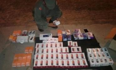Gendarmería incautó celulares de alta gama