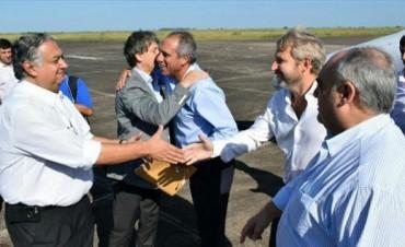 Frigerio y Colombi firmaron convenios en Mercedes, Concepción y Empedrado