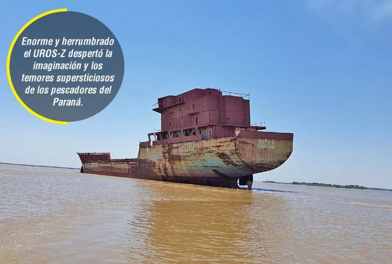 Barco fantasma navegó al garete desde Corrientes hasta Empedrado