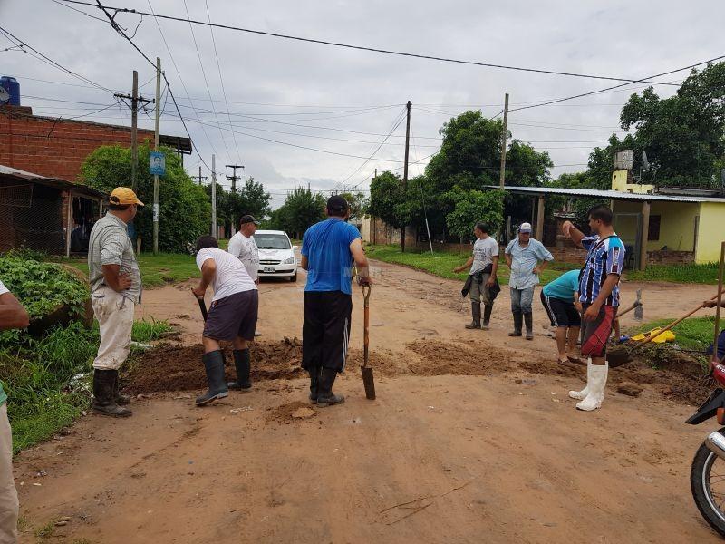 El agua no desciende y los vecinos se autoevacuaron en casas de familiares