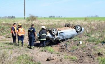 En despiste y vuelco de un automóvil falleció un promesero del Gauchito Gil
