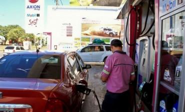 Combustibles: los estacioneros esperan un incremento de precios para estos días