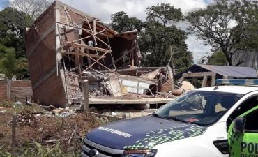 Colapsó una casa en construcción: tres albañiles heridos al quedar aplastados