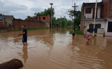 En 24 horas llovió 202 milímetros y se complica la situación con la crecida del río