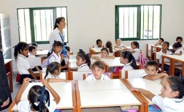 Gremios docentes piden ser convocados para discutir salarios