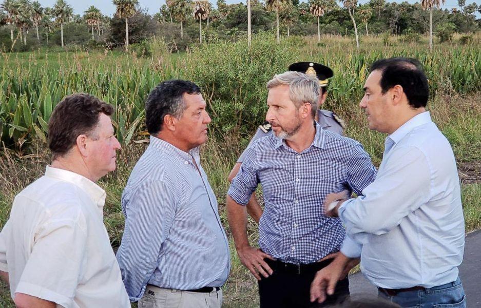 Frigerio llegó a Corrientes y se encontró con pedidos urgentes