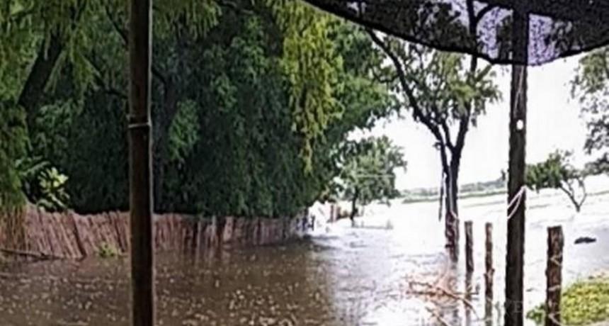 Temporal: asciende a 300 personas evacuadas en toda la provincia