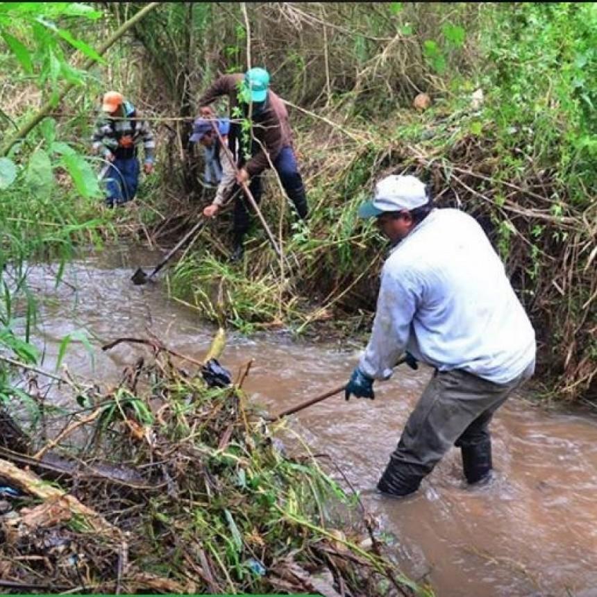 Emergencia hídrica, vial, del agro y sanitaria en Bella Vista