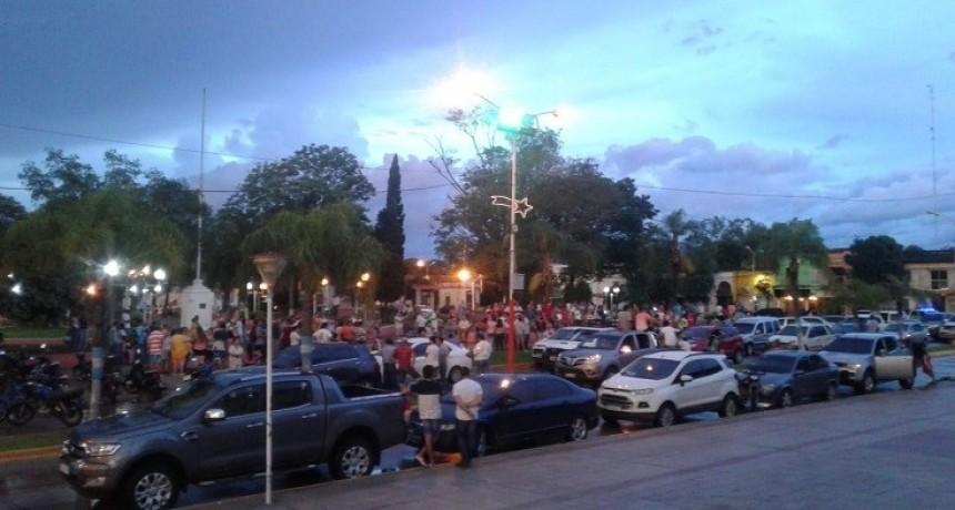San Luis del Palmar: autoconvocados reclaman la restitución del Jefe de la DPEC