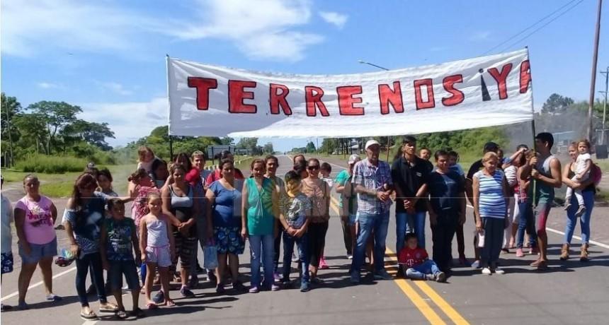 San Roque: piquete en ruta 12 para pedir la reubicación