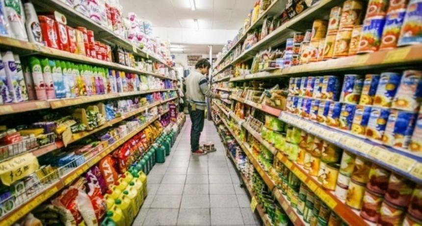 La canasta básica que define el margen de pobreza subió 52,9%
