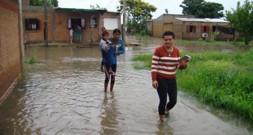Según decreto de Emergencia hay 6.200 personas evacuadas en seis provincias