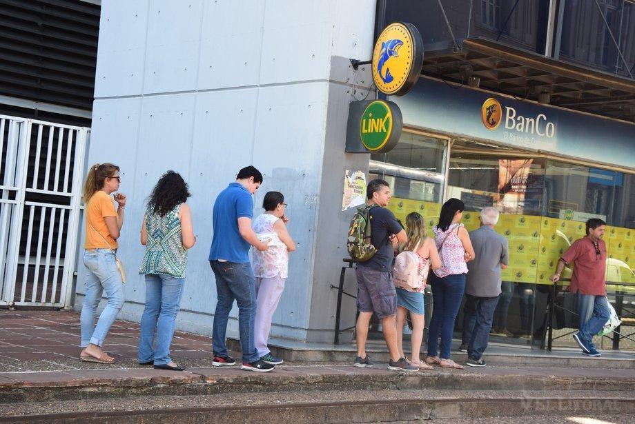Este miércoles 8 arranca el pago del plus de 2.900 pesos