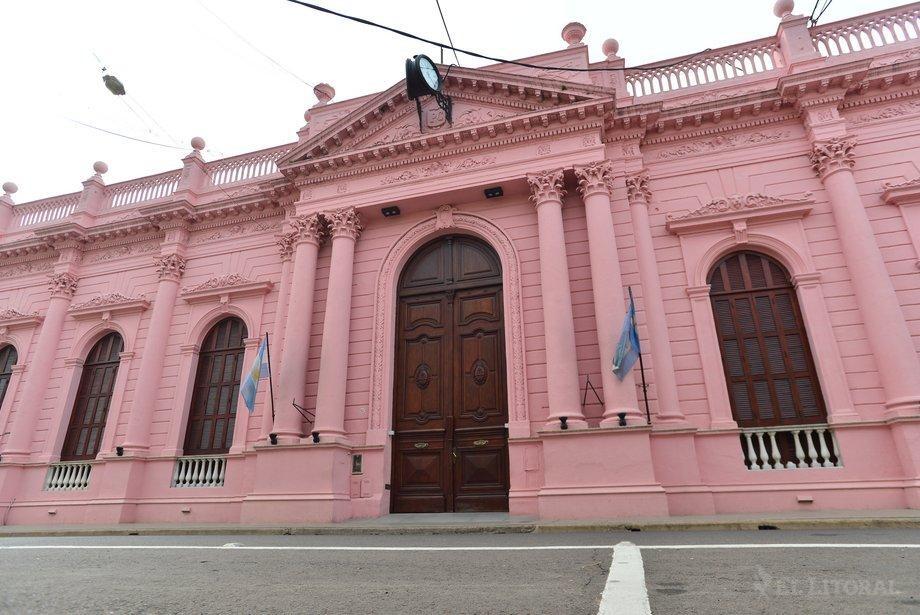 Valdés se reúne con sus ministros para bajar línea de cara a gestiones nacionales