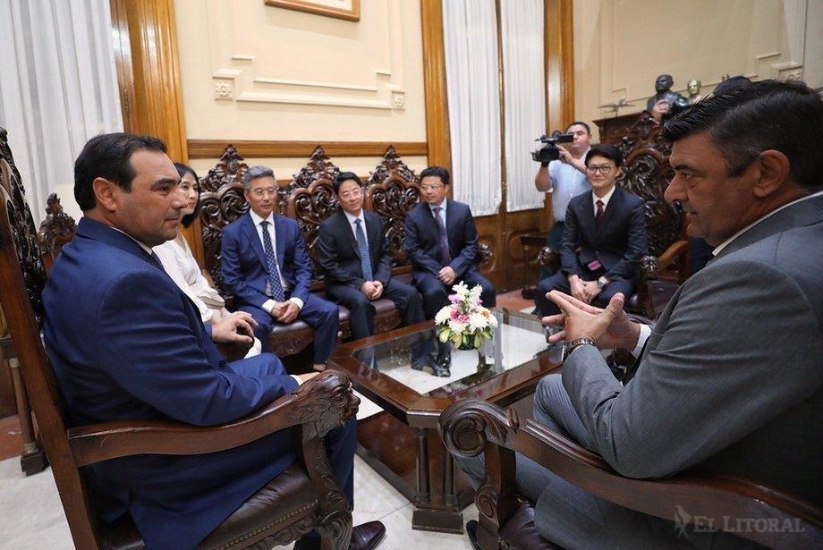 Valdés recibió a empresarios chinos que quieren invertir en Ituzaingó