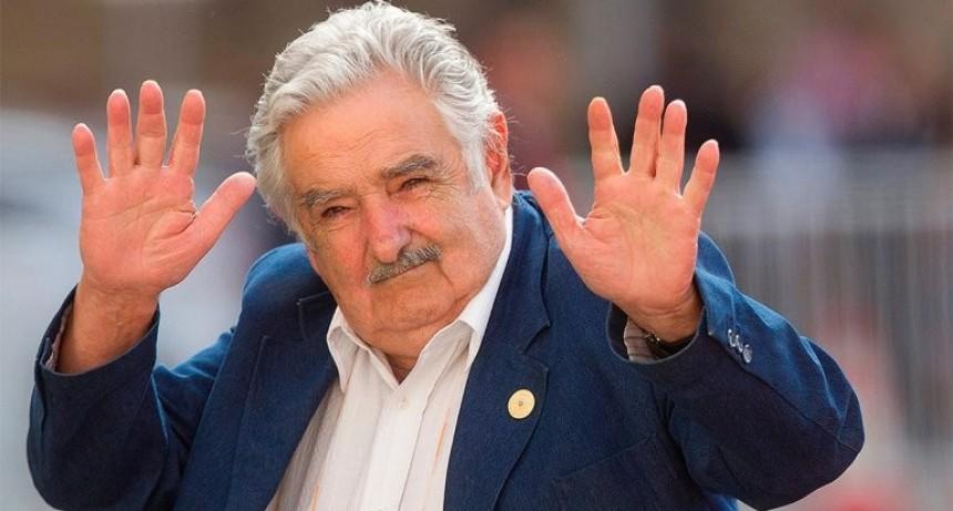 """José Mujica: """"En vez de traer 100 mil cagadores argentinos, preocupémonos de que los nuestros inviertan acá"""""""
