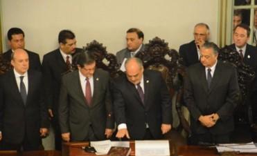 Con pesimismo, la oposición espera de Colombi un discurso poco prometedor