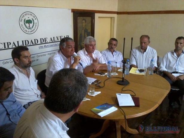 Foros de Legisladores, intendentes y jóvenes de Encuentro Liberal deliberaron en Alvear y emitieron un duro documento