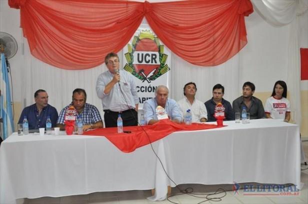 Colombi reúne a radicales y funcionarios en Empedrado