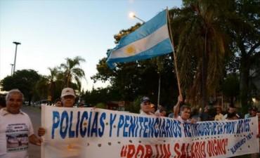 """Ex policías: """"Confiamos en que habrá solución al reclamo salarial"""""""
