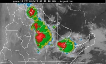 Intensas lluvias y fuerte actividad eléctrica en la región