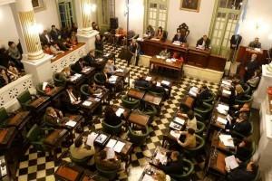 Corrientes apura gestiones para destrabar los créditos para obras