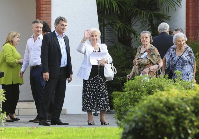 Estela de Carlotto y Macri se reunieron en Olivos
