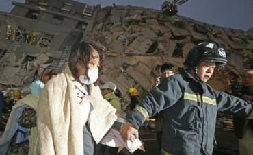 Terremoto en Taiwán: Ya son 23 los muertos y 120 los desaparecidos