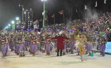 Momo se despide de la Capital del Carnaval