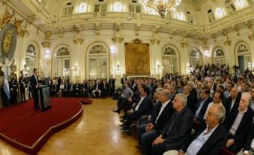Macri oficializó que el mínimo no imponible de Ganancias será $30mil