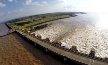 Yacyretá emitió un alerta ante creciente del Paraná por lluvias