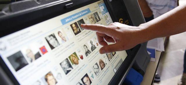 Avanza y suma adhesiones el voto electrónico en Capital
