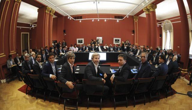 Gobierno y provincias avanzan en la reforma de coparticipación