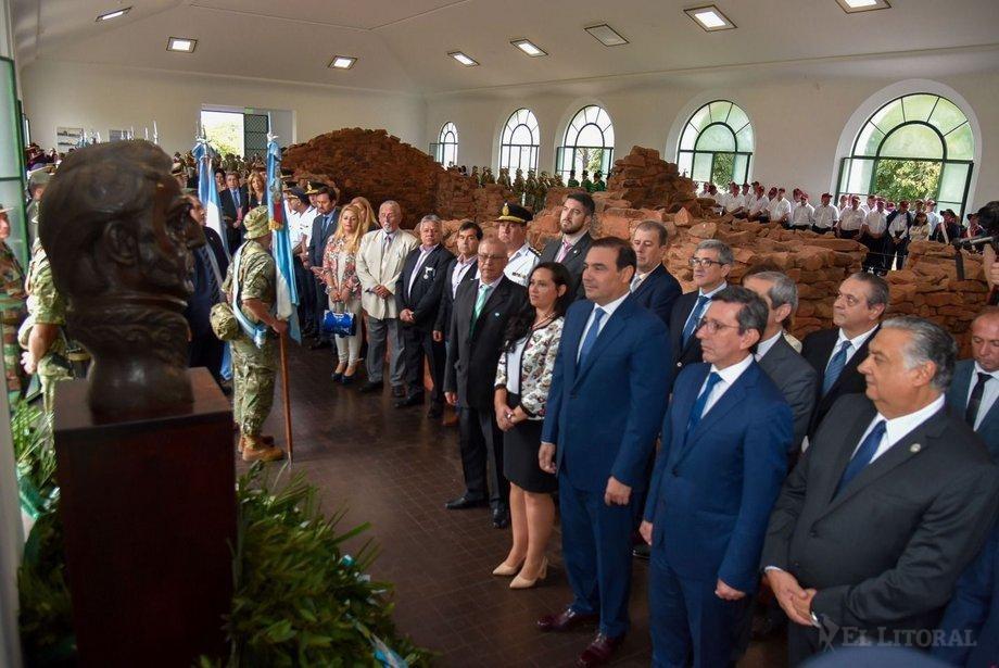 Serenata, acto e inauguración de una obra de $670 millones en el tributo a San Martín