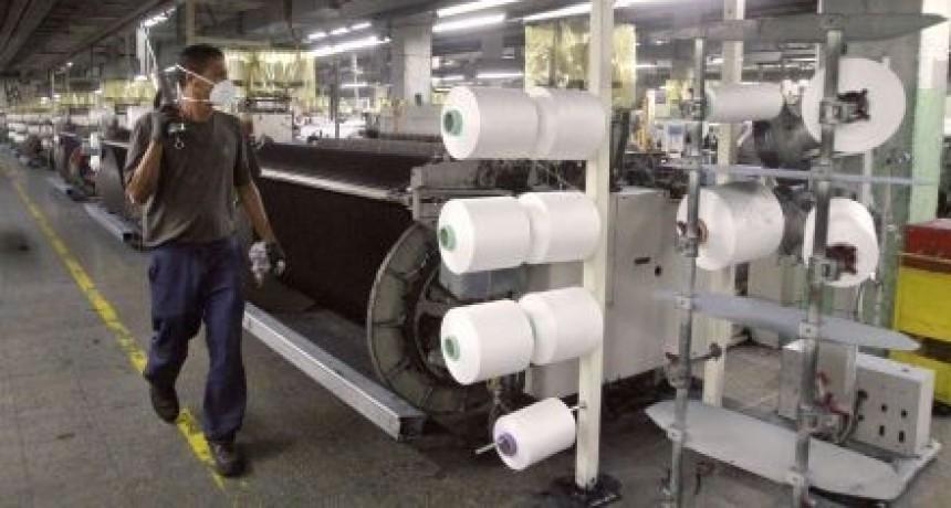 Indec: la producción industrial cayó un 5% durante el año pasado