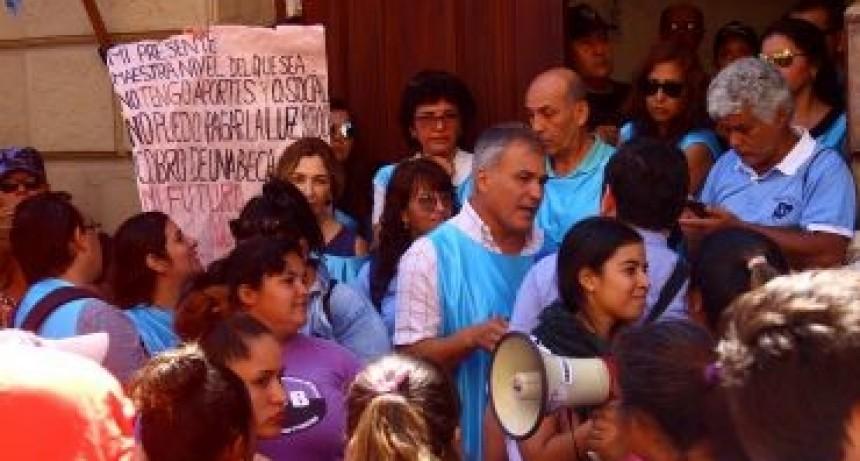 El Gobierno provincial inicia negociación paritaria con los sindicatos docentes