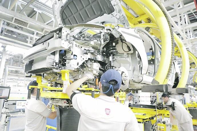Fuerte rebote (desde subsuelo) de la producción automotriz en enero: creció casi un 40%