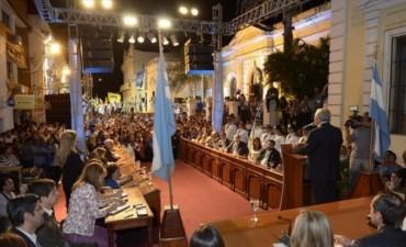 Apertura del trabajo parlamentario con discurso de Ríos