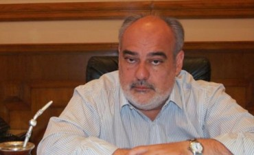 Colombi ratificó que cumplirá el acuerdo docente y mandó a los gremios a trabajar