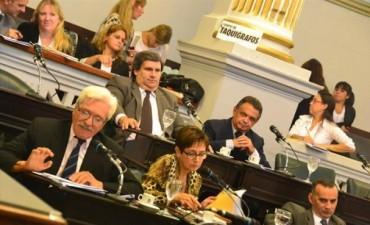 Senado: rezongo opositor obligó al Gobierno a mostrar convenio con Nación