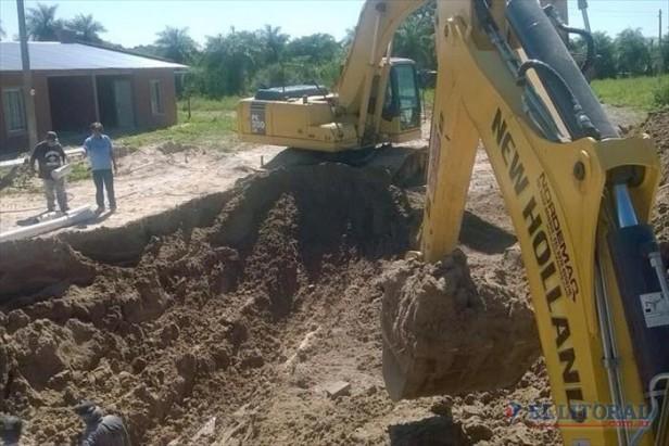 Santa Catalina: construyeron las redes de agua y desagües para unas 68 casas