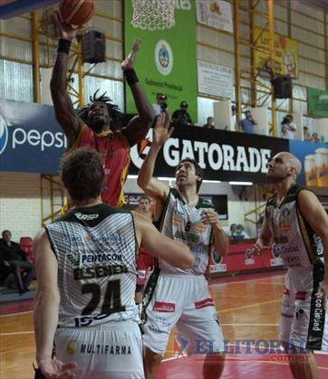 San Martín le ganó a Atenas un juego clave para aferrarse al tercer puesto