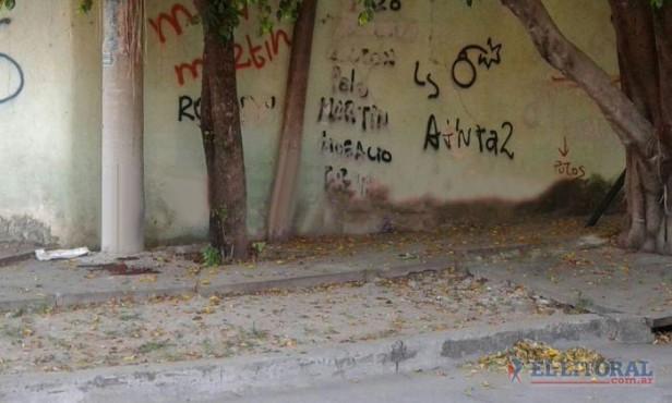 Mataron a un hombre de al menos 10 puñaladas en el barrio Bañado Norte