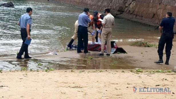 Hallaron el cuerpo de un hombre flotando en la playa Islas Malvinas de la costanera